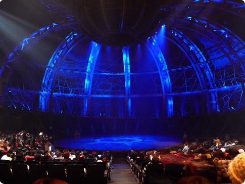Salle du cirque du soleil - Tokyo