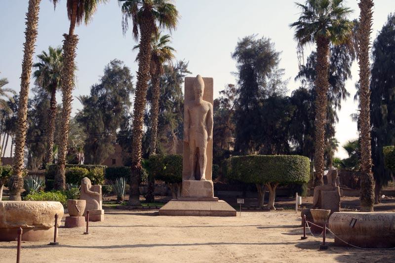 pharaonique comment est il construit